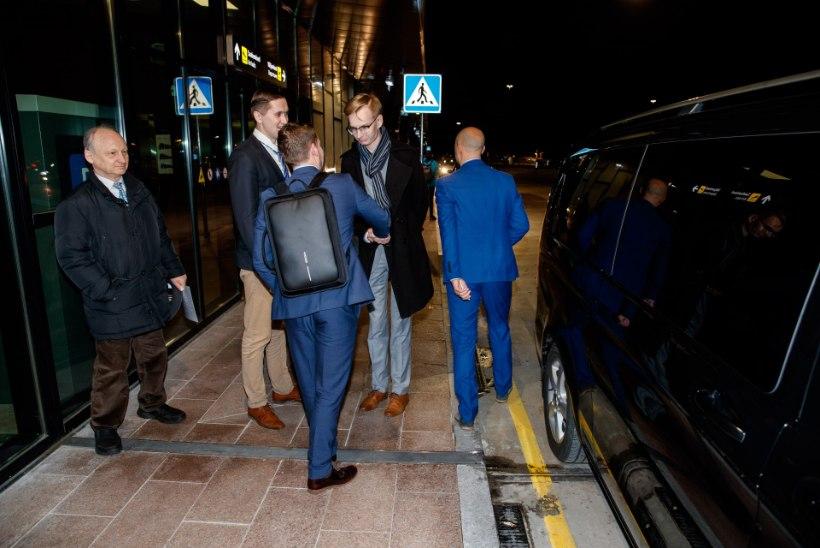 FOTOD | Marine Le Pen jõudis Tallinnasse, lennujaamas tervitas teda Jaak Madison