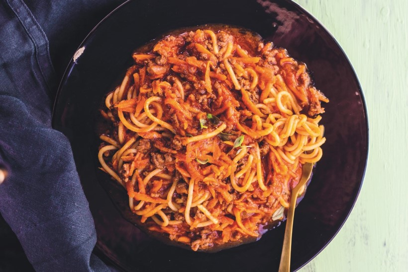 Pühapäeval kokka esmaspäevale mõeldes! Paprika-tomatisupp nõgesepestoga
