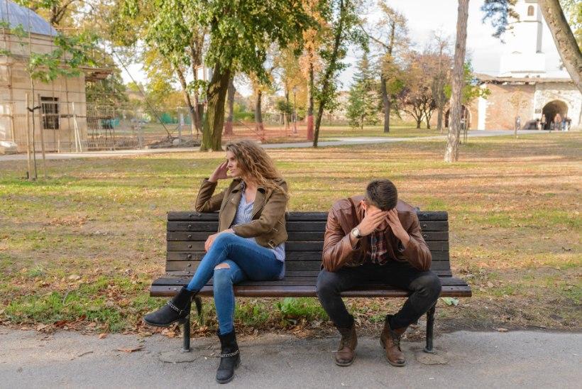 Pereterapeut annab nõu: nii säästad lapsi lahkumineku raskustest
