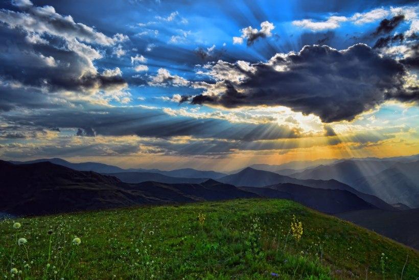AVESTA 16. mai   Ole viisakas ja lahke, sest kõiki sinu tegemisi jälgitakse taevaste poolt