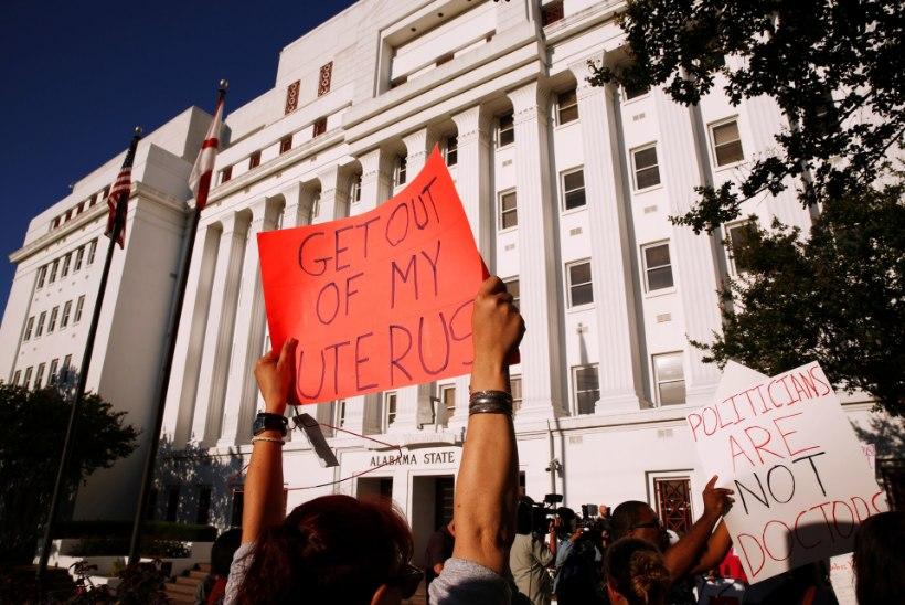 В Алабаме проголосовали за жесточайший запрет абортов