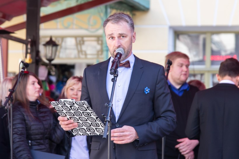 GALERII | Tallinna päeval jagati linlastele tasuta saiakesi, korraldati etteütlus ja sai osaleda muinaslaagris