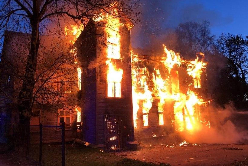 Juba jälle: Tartu ammune nakkushaigla põles taas