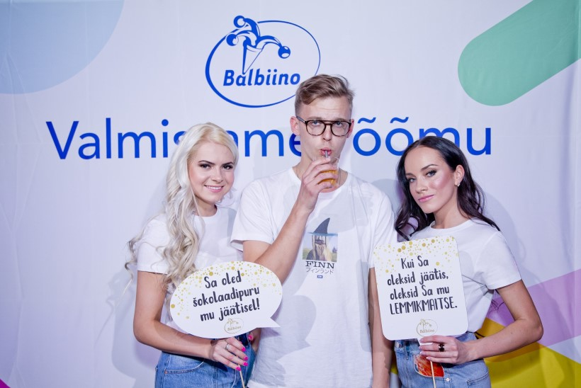 PILDIGALERII | Balbiino jäätisepeol püherdasid staarid liivas ja maiustasid suviste hittidega