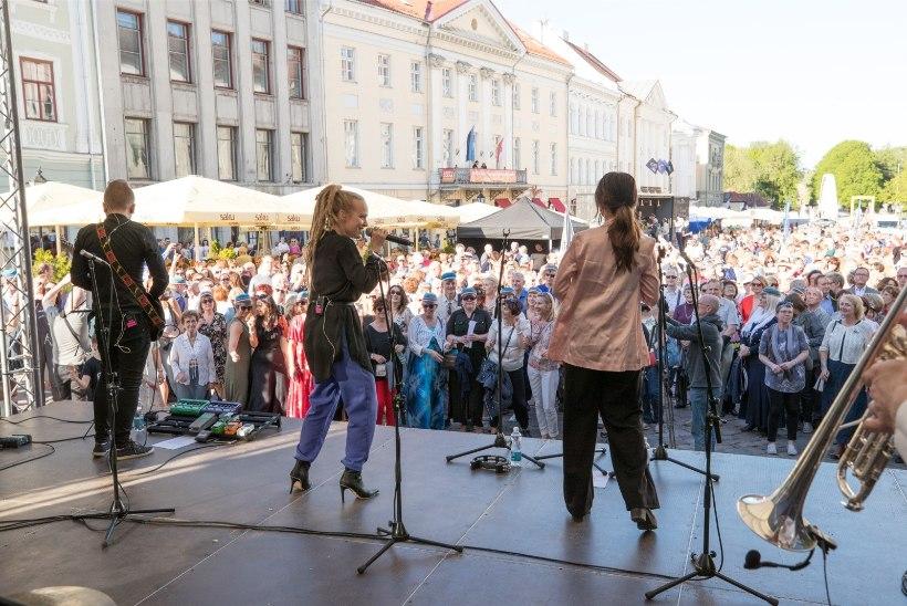 GALERII | Tartu ülikooli vilistlaste kokkutulekul jäi loodetud Guinnessi rekord sündimata
