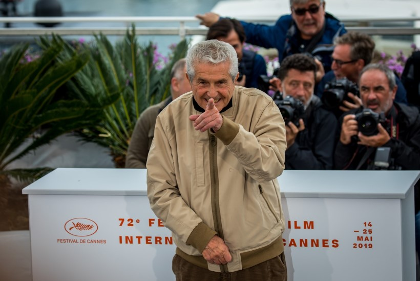 GALERII | ÕL CANNES'IS: oi ei! Staarid näitavad kogu maailma ees ebaterveid harjumusi