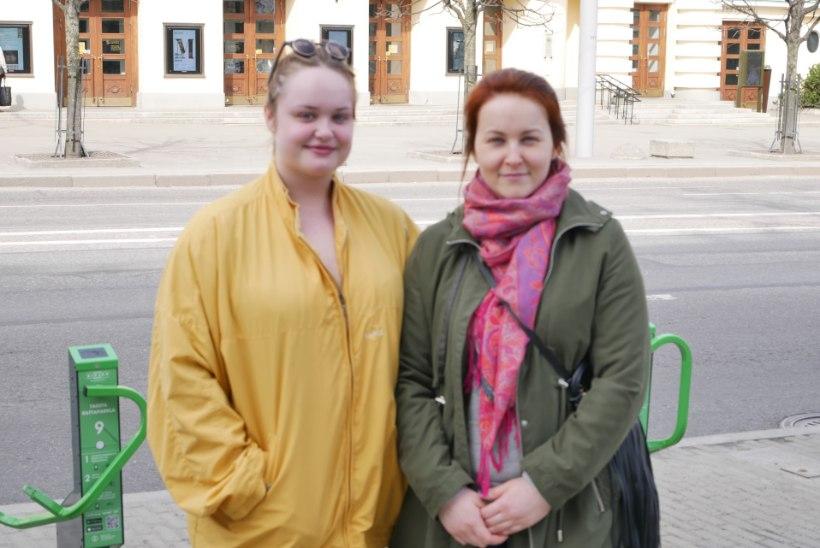 """Jane Paberiti tütred Soome lehes: """"Ema elas ja suri oma tahtmist mööda."""""""