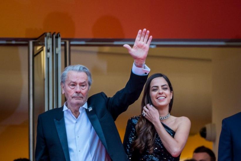 Miks põhjustas Alain Delonile antud elutööpreemia Cannes'is skandaali?