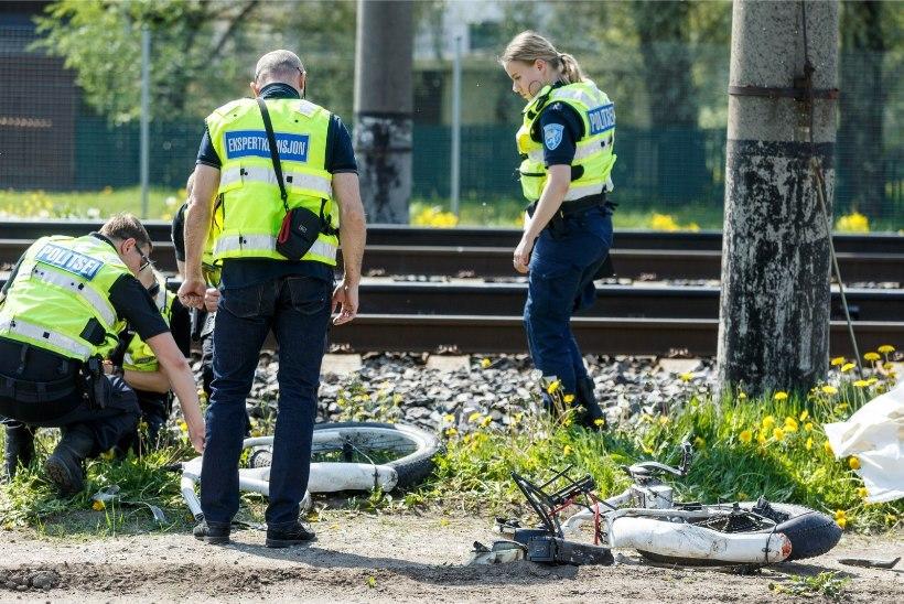 FOTOD   Tallinnas hukkus rongilt löögi saanud mees