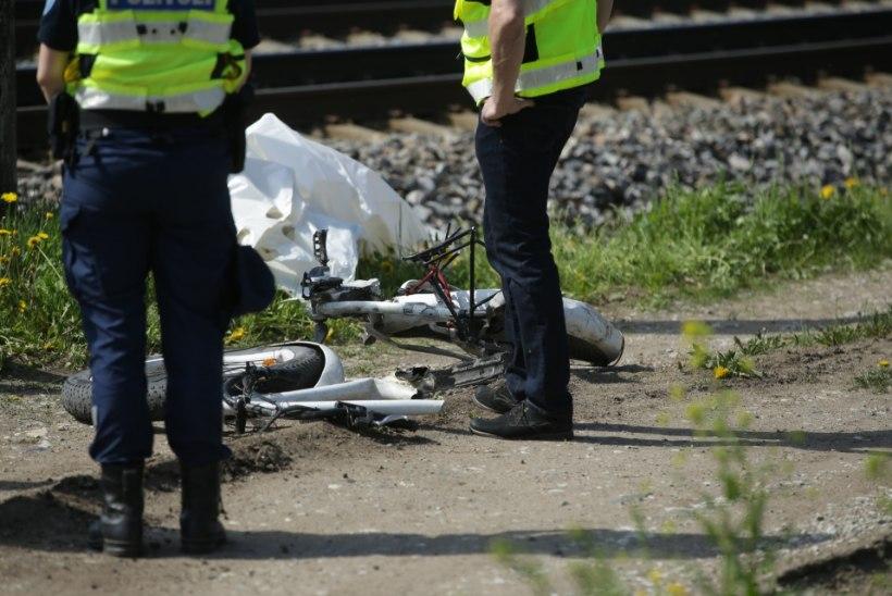 Rongijuht: see pole üllatav, et keegi Veerenni pimedas kurvis rongi alla jäi