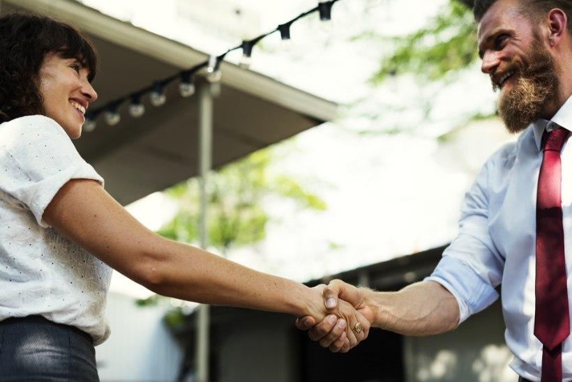 ÄRA OLE LÖDINÄPP! Mida käepigistus sinu kohta ütleb?