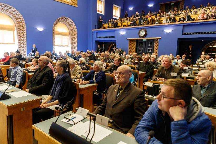 Riigikogu avab laupäeval oma uksed
