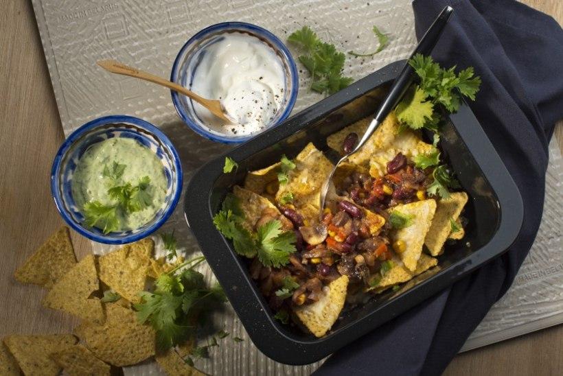 SEDA SU LAPSED SÖÖKS! Juustused ahju-nacho'd paksu seene- ja punaste ubade kastmega