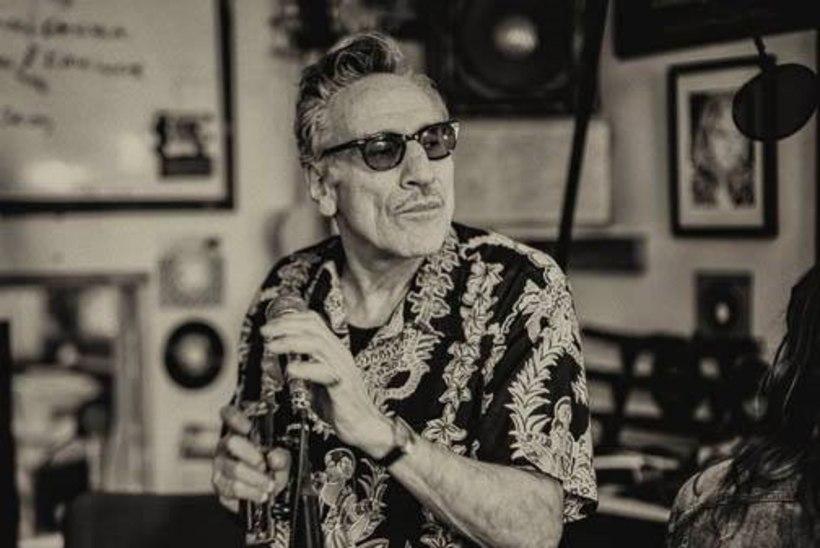 Augustibluusi peaesinejaks on Ameerika bluusikuningas Rick Estrin
