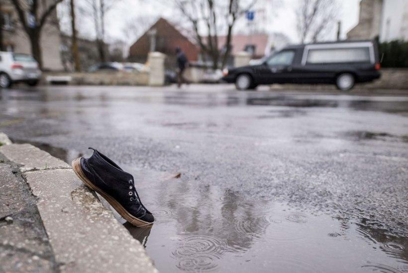Kuressaares päästeametniku mõrvanud mees jäi vahele ka suure padruni- ja narkolaadungiga