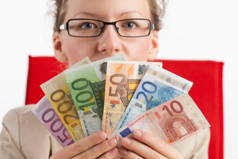 RAHA ON PIDEVALT PUUDU: need rumalad mõtted ei lase sul eluski rikkaks saada!