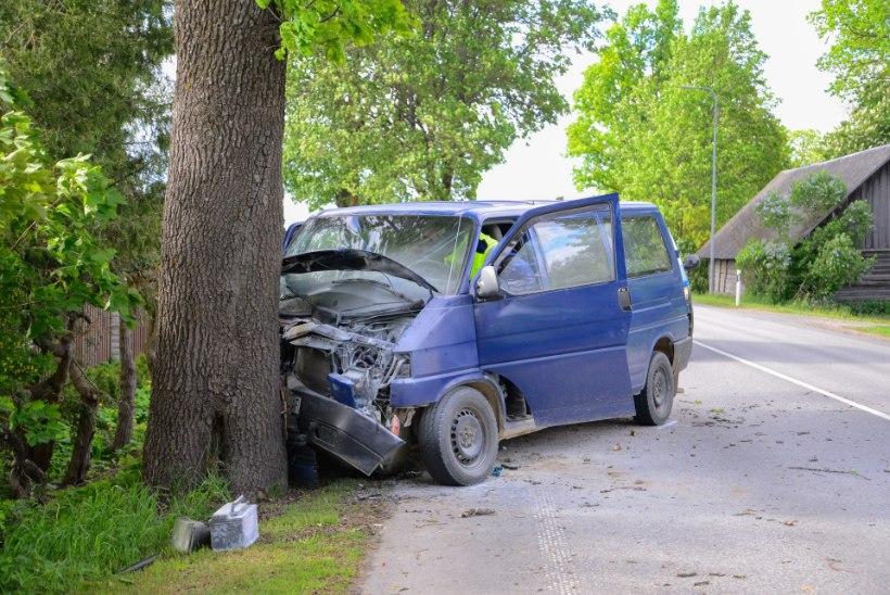 GALERII | Turvavöö päästis Viljandimaal purjus autojuhi elu