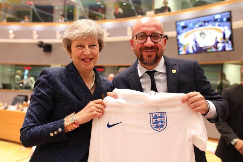HULL PANUS! Kas Theresa May asub tõesti tööle Manchester Unitedis?