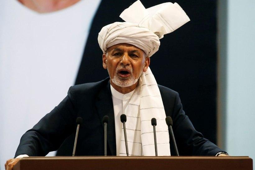 Скандал в Афганистане: в администрации президента женщины за секс получали место в парламенте
