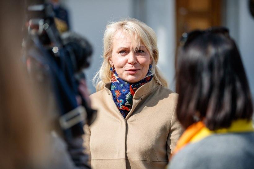 Rikkad kosilased minema saatnud Riina Solman: olen hoitud ja rõõmus!