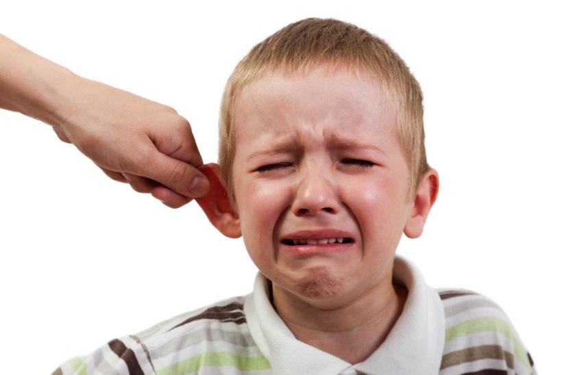 """EESTI LASTEKASVATUSE ERIPÄRA: paanikas lapse karje – """"ära anna rihma, palun sind, ära anna rihma!"""""""