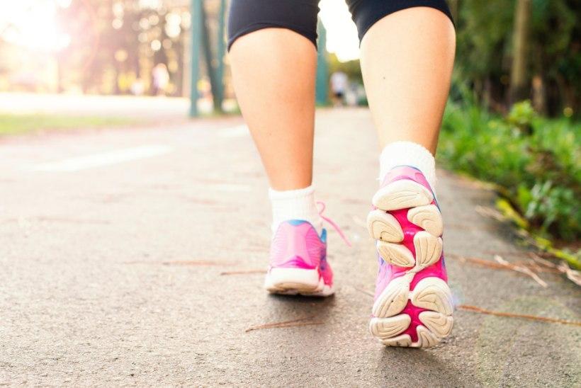 Kas tõesti peab käima 10 000 sammu päevas? Võib-olla mitte, väidab värske uuring
