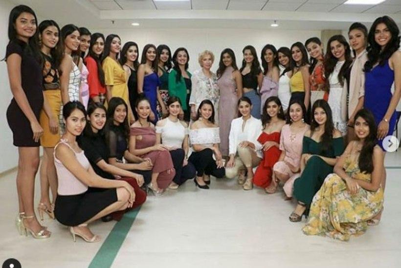 """VEIDER LUGU:  """"Miss India"""" võistlejad on kui Lumivalgekesed!"""