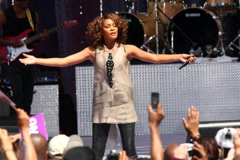 Whitney Houston läheb hologrammina kontserditurneele
