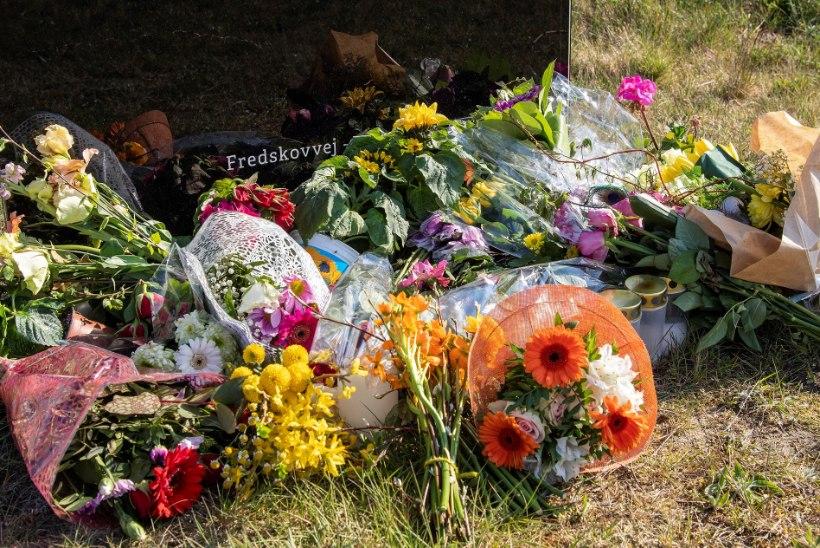 GALERII | Taani moemiljardär jättis hüvasti oma kolme terrorirünnakus hukkunud lapsega