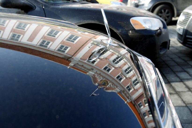 Riigikogu liikmed ei kipu autoliisingu hüvitamist lõpetama