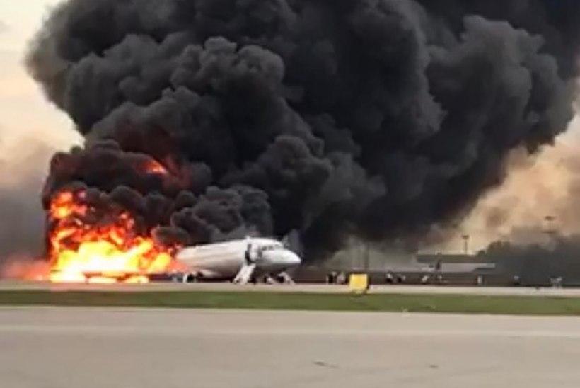 INIMELUDE HIND: Moskva lennukilt põgenejad rabasid oma kohvreid, jättes kaasreisijad tulelõksu