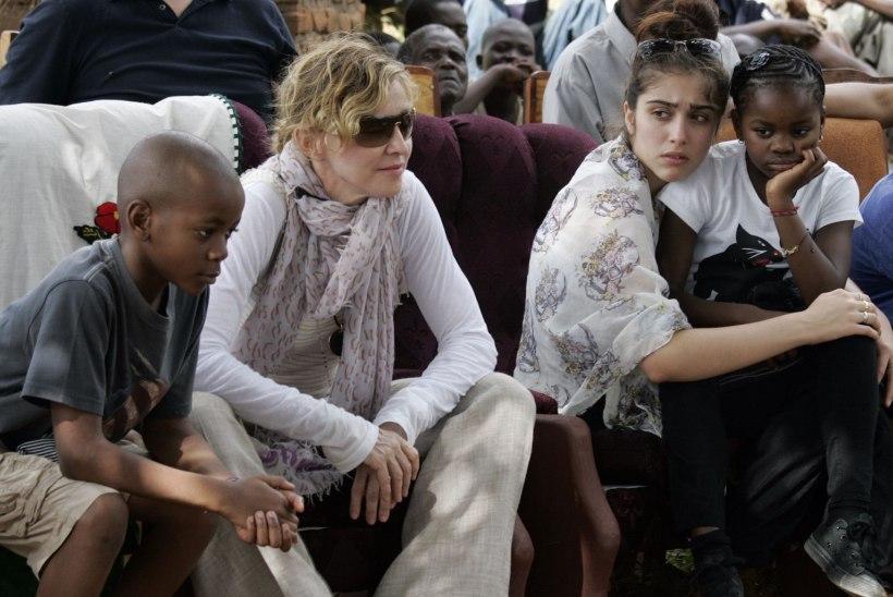 Madonna: mobiiltelefon hävitas minu ja mu laste suhte