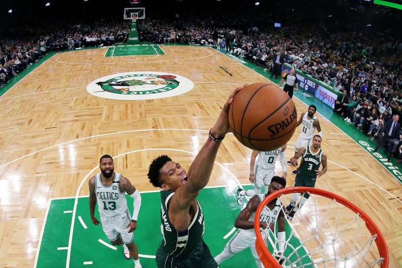VIDEO | Pidurdamatu Antetokounmpo lükkas Celticsi väljakukkumise äärele, Harden karistas Warriorsi