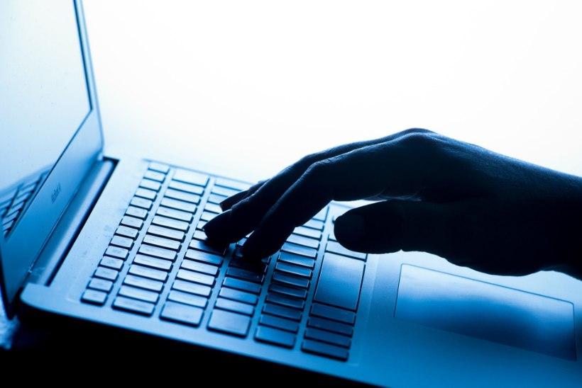 Briti pornohuvilised peavad hakkama internetis oma vanust tõestama
