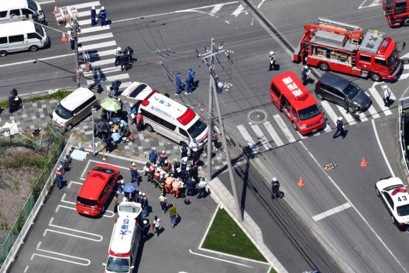 KURB JUHTUM: Jaapanis sai rühm lasteaialapsi autolt löögi – kaks surnut ja 15 vigastatut