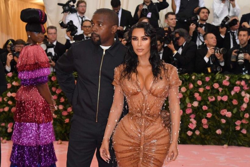 Kardashian on lasknud peene piha nimel roideid eemaldada?