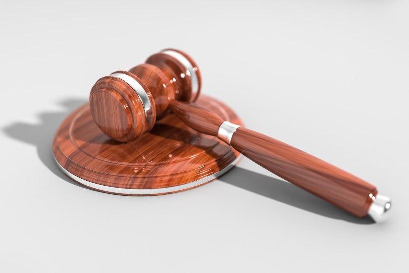 Juhtkiri | Hobikohtunikud ei tohi kaasa tuua amatöörlikke kohtuotsuseid