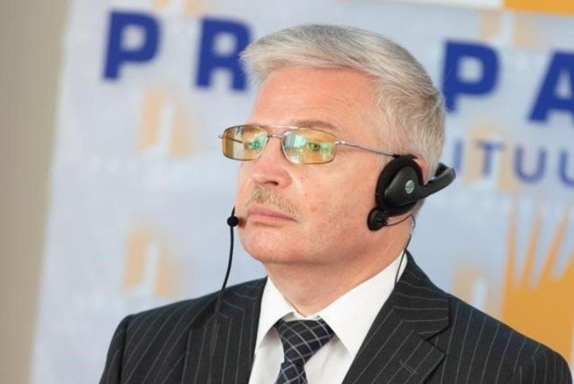 """Андрей Кузичкин: """"Не нужно превращать Победу в мумию, туго спеленатую георгиевскими ленточками"""""""