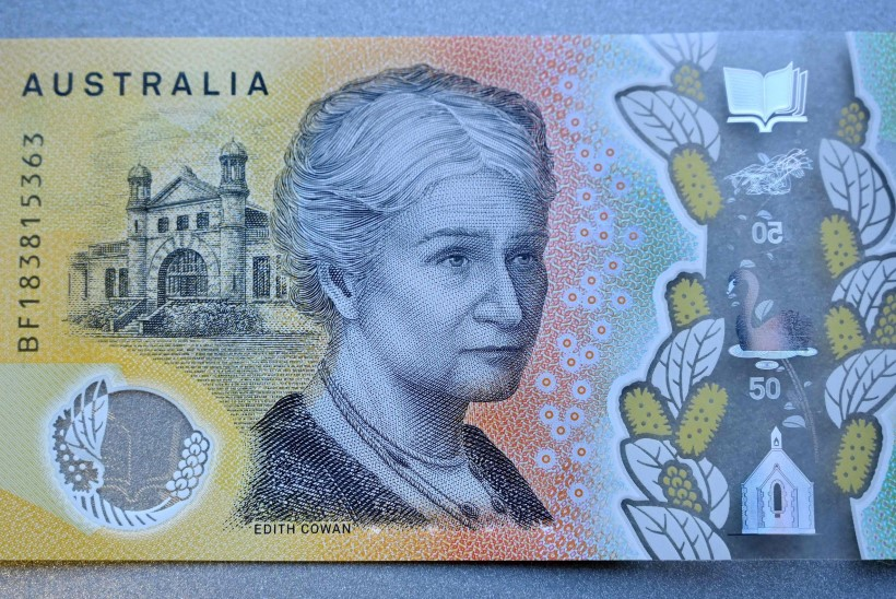 VÄIKE APSAKAS: Austraalia uuel rahatähel ilutseb kirjaviga