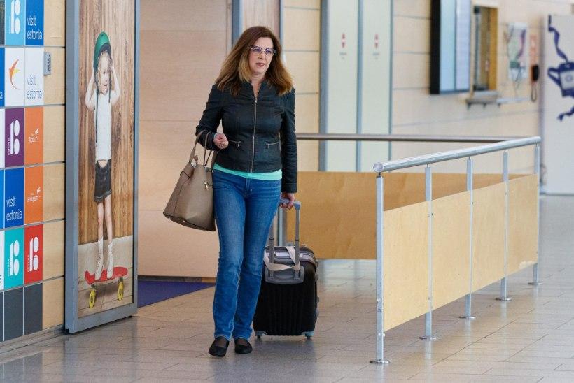 FOTOD | Meeldiv välismaa? Naeratav kaubandusminister Kingo jõudis koju