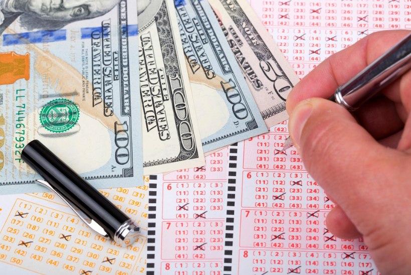 Игрок в лотерею раскрыл стратегию, благодаря которой спустя 10 лет он сорвал куш