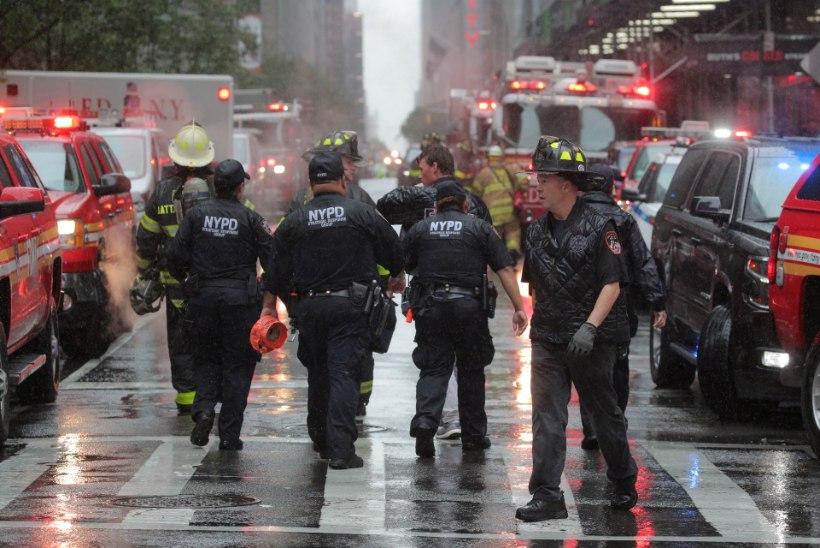 VIDEO | New Yorgis kukkus helikopter pilvelõhkuja katusele, piloot hukkus