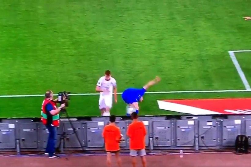VIDEO   AI-AI! Klavani meeskonnakaaslane virutas valikmängus täiest jõust pallipoisile vastu pead