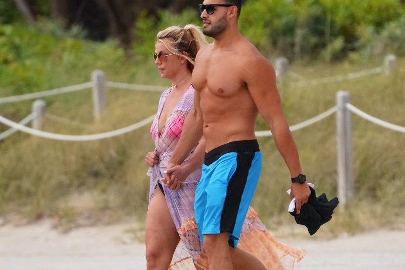 Britney süüdistab paparatsosid oma fotode koledamaks tegemises