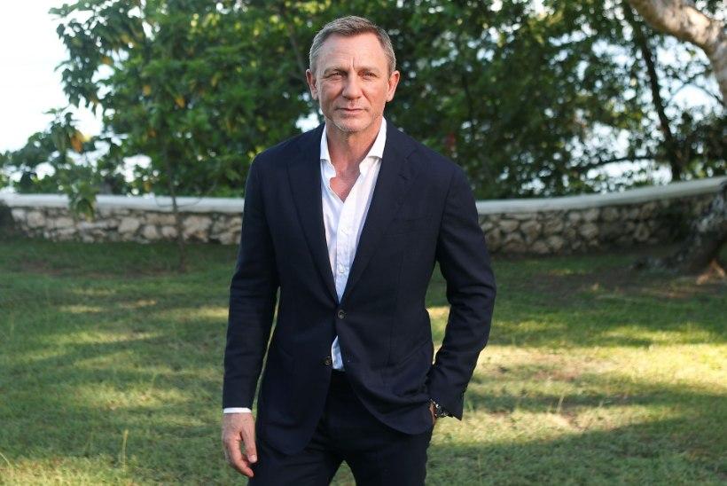 BONDI-NEEDUS: Daniel Craig ilmus avalikkuse ette lahases jalaga