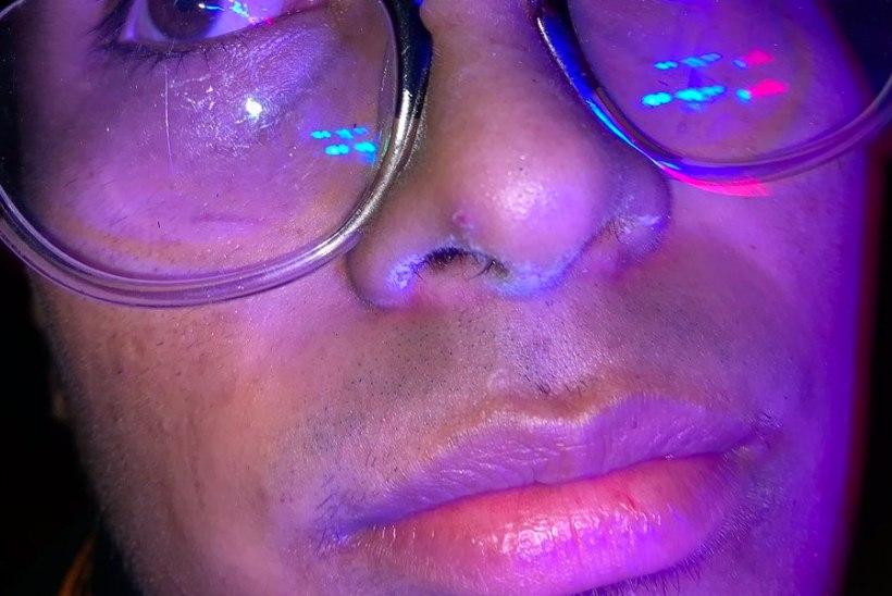 KELLE OMA? Politseinikud avastasid mehe ninalt kokaiini, mida ta omaks ei tunnistanud