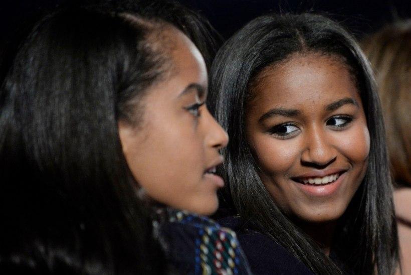 Obamade noorem tütar lõpetas eliitkeskkooli