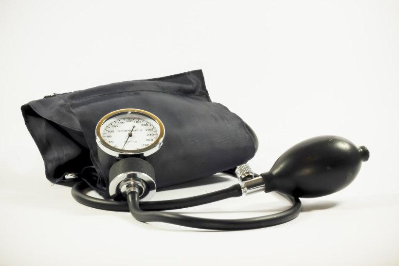 MIKS MA PEAN VÕTMA RAVIMEID? Kardioloog lükkab ümber neli väga levinud eksiarvamust