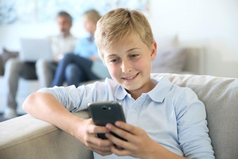 Mille alusel koolilõpetajale kingituseks nutitelefon valida?