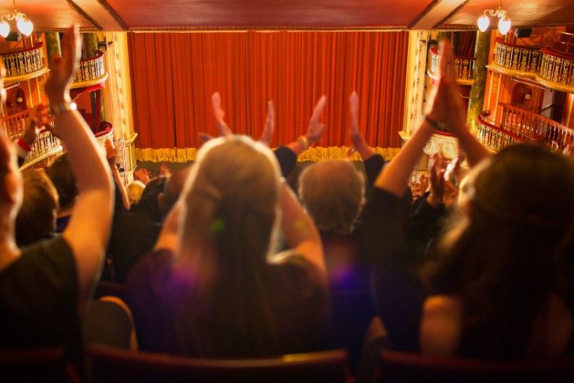 """PLAKSUTAMISE TEEJUHT: """"Ega inimene ostnud teatripiletit selleks, et omaette nina nokkida."""""""
